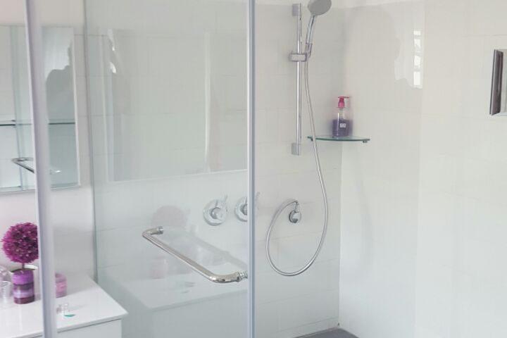 מקלחוני יוקרה